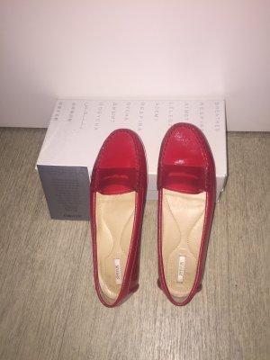 Geox Schuhe in Rot und Größe 39