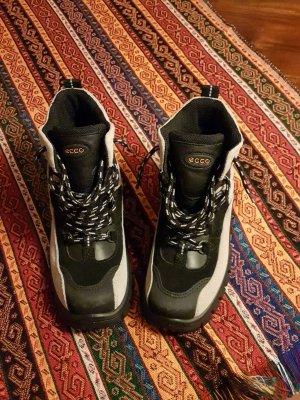 GEOX Schuhe. Neu mit Etikett