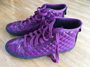 Geox Violette Lack Sneaker mit Steppmuster