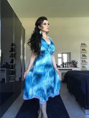 geplatzte hochzeit daher neues neckholderkleid in azurblau zu verkaufen gr. 38