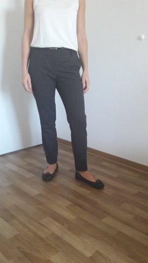 Gepunktet Anzughosen von Zara
