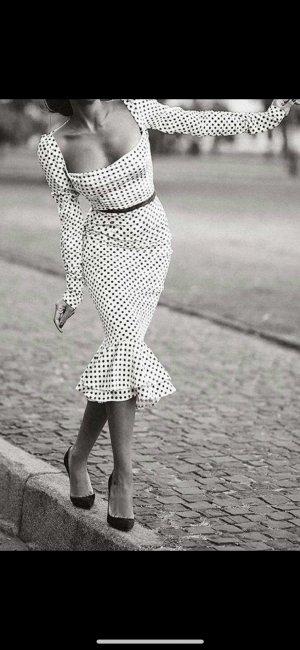 Vestido estilo flounce blanco-negro