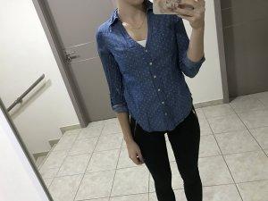 Gepunktetes Hemd (Jeans-ähnlicher Stoff)
