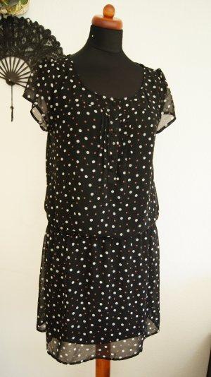 gepunktetes Kleid aus Chiffon