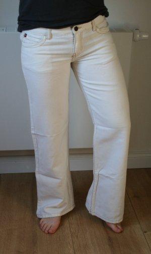 gerader Jeansschnitt
