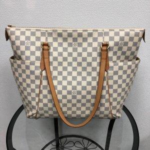 Geräumige Louis Vuitton Tasche
