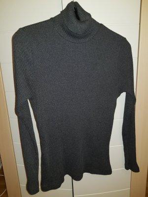 Gerippter enger Rollkragen Pullover
