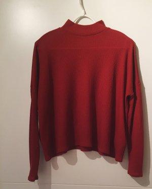 gerippter, leichter Pullover