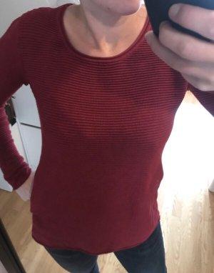 Gerippter Pullover in dunkelrot 36