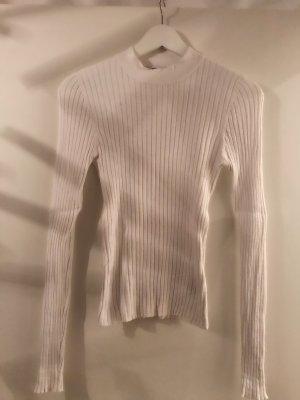 Gerippter Pullover in weiss