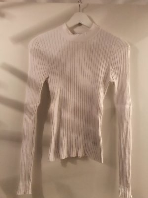 Gerippter Pullover in weiss