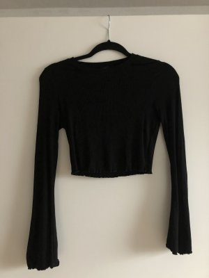 Geripptes schwarzes Croppet Shirt