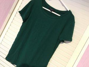 geripptes tshirt grün