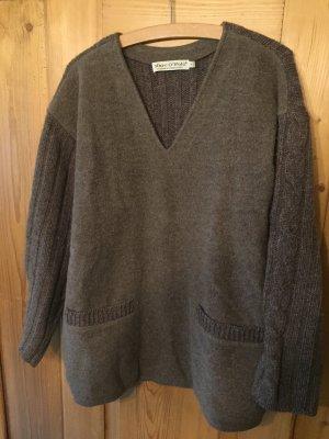 Geschickter Pullover