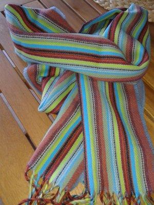 Geschreifter Schal mit Fransen