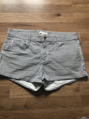 Gestreifte Shorts von H&M in 40