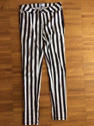 Vero Moda Drainpipe Trousers white-black cotton