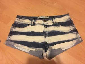 Gestreifte Sommer-Short in Jeansstoff