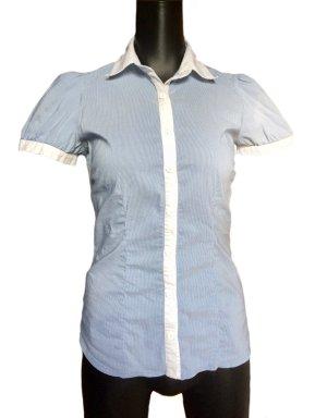 Gestreifte, taillierte Kurzarm-Bluse