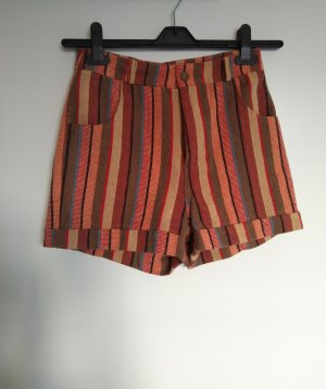 gestreifte tolle Hight-Waist-Shorts