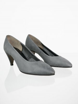 Gestreifte Vintage Pumps in Grau 39,5