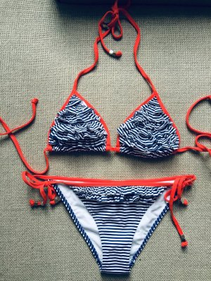 Gestreifter Bikini in 36