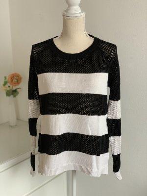 Ann Christine Coarse Knitted Sweater black-white