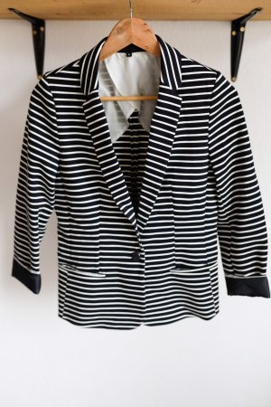 Gestreifter Jerseyblazer von WE Fashion