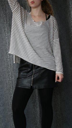 gestreifter leichter Pullover