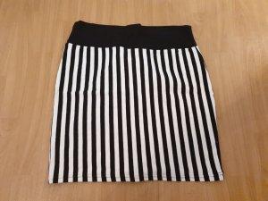 Cotton On Miniskirt white-black