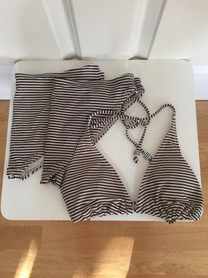 Gestreifter Neckholder Bikini mit 2 Höschen von H&M