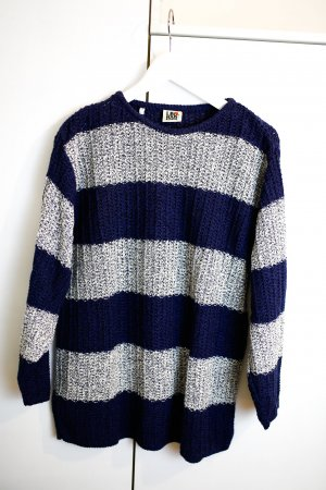 Gestreifter Oversize Pullover