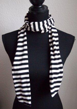 Gestreifter Schal schwarz / weiß