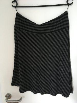 H&M Jupe évasée noir-gris anthracite tissu mixte