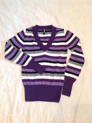Gestreifter V-Ausschnitt Pullover in S