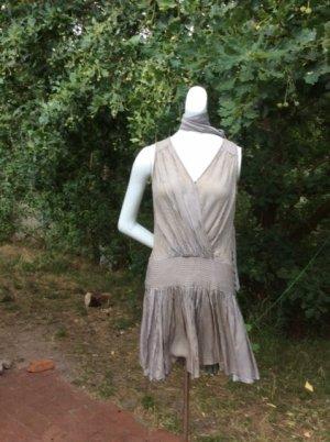 gestreiftes CharlestonKleid mit Gürtel