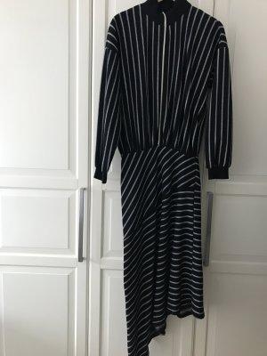 Gestreiftes cooles Kleid von Zara Trafaluc