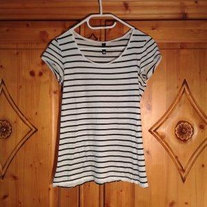 Gestreiftes H&M Basic Shirt in S