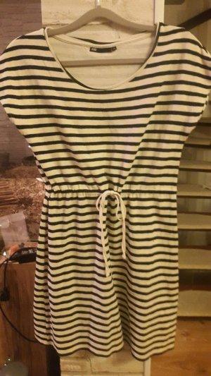 Gestreiftes Kleid von WE Fashion, Gr. M