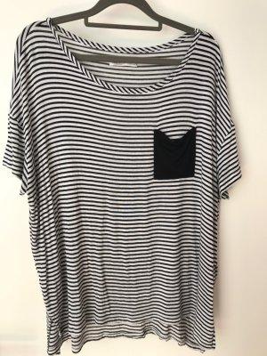 Gestreiftes Oversized Shirt von Hollister