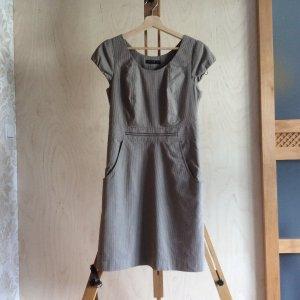 Gestreiftes Sommerkleid Kleidchen/Etuikleid