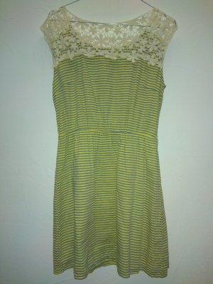 Cut Out Dress primrose-pale blue