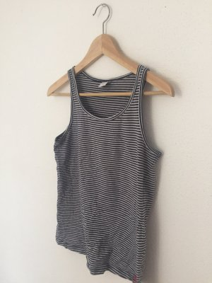 Gestreiftes Top