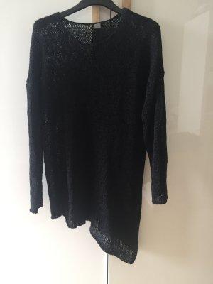 Gestrickter Pullover in schwarz