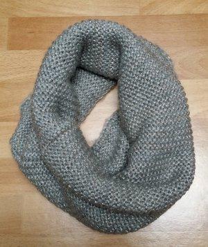 gestrickter Schal Schlauchschal in grau anthrazit von H&M
