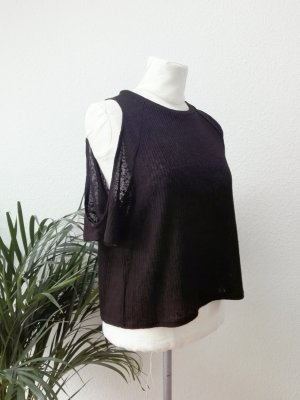 Gestricktes, lockeres Offshoulder-Top