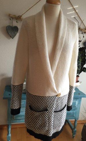 Gestuz Knitted Coat natural white-black