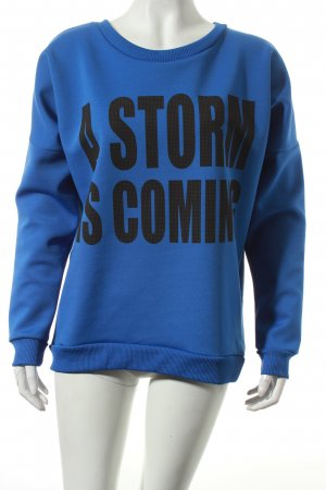 Gestuz Sweatshirt blau-schwarz Schriftzug gedruckt Street-Fashion-Look