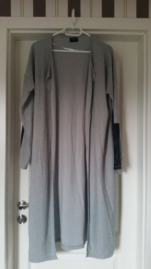 Getragener Cardigan in der Gr. XL