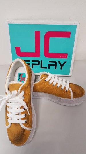 """""""Getunte"""" Sneaker von JC play"""